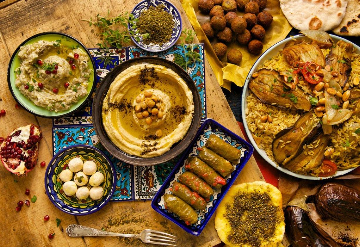 أكلات لا يعرف مذاقها إلا الفلسطينيون وبعضها ذاع صيتها خارج حدود الوطن نون بوست