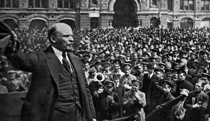 لماذا تُعدّ الثورة الروسية مهمة؟   نون بوست