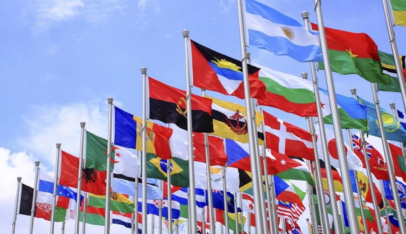 الدبلوماسية نظرة على تطور المفهوم والمهمة نون بوست